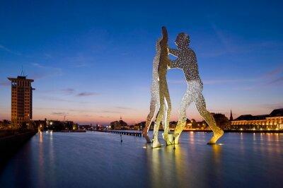 Bild Skulpturen Molecule Man in Berlin